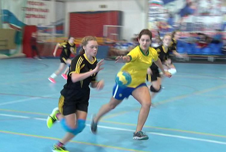 Открытый турнир по гандболу собрал в Благовещенске 300 спортсменов