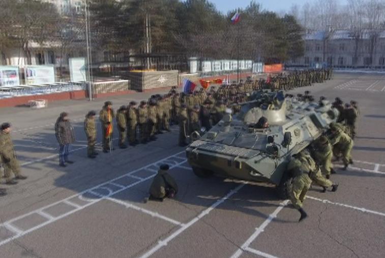 День морской пехоты курсанты ДВОКУ отметили эстафетой