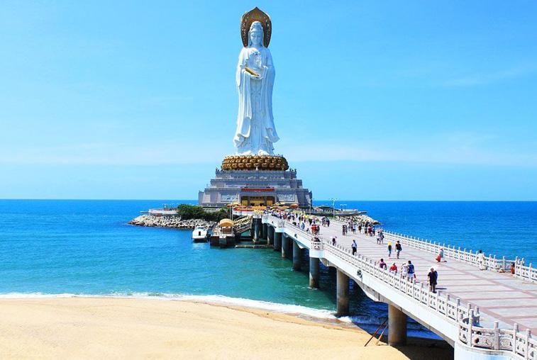 Амурчане не могут вернуться домой с китайского острова Хайнань