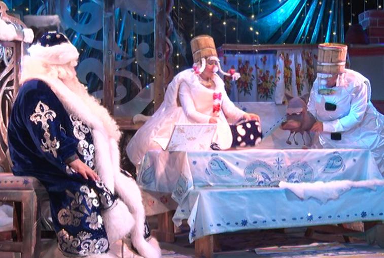 О новой программе цирка «Ап» и новогодних спектаклях в театре кукол