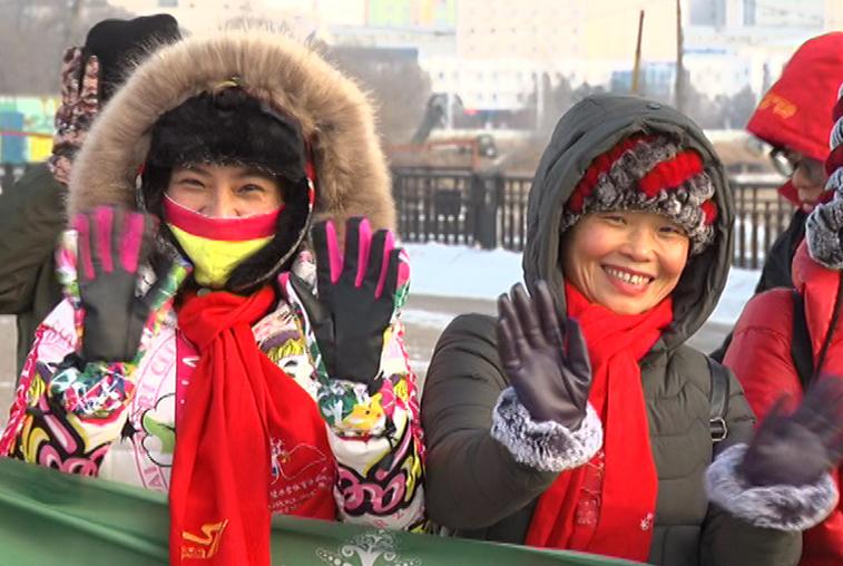 Пожилые китайские спортсмены испытывают себя в условиях амурских морозов