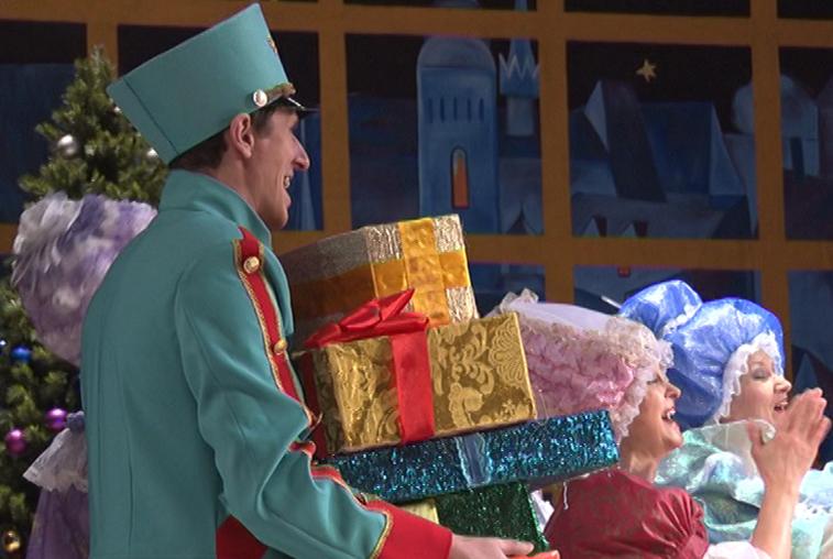 Драмтеатр и филармония готовят новогодние представления для детей