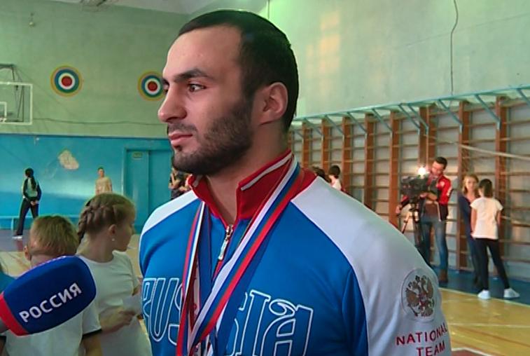 Амурский самбист получил звание мастера спорта международного класса