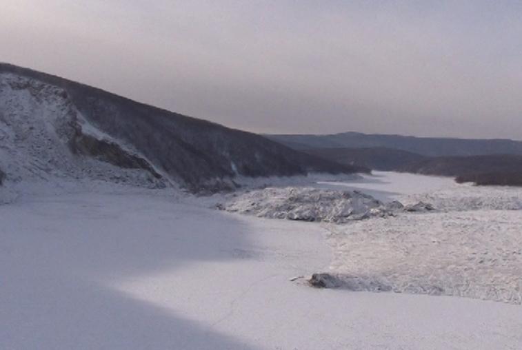 Оползень в Хабаровском крае привел к «ледяному цунами»