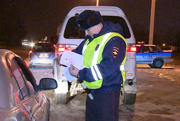 Благовещенских водителей проверят на трезвость автоинспекторы