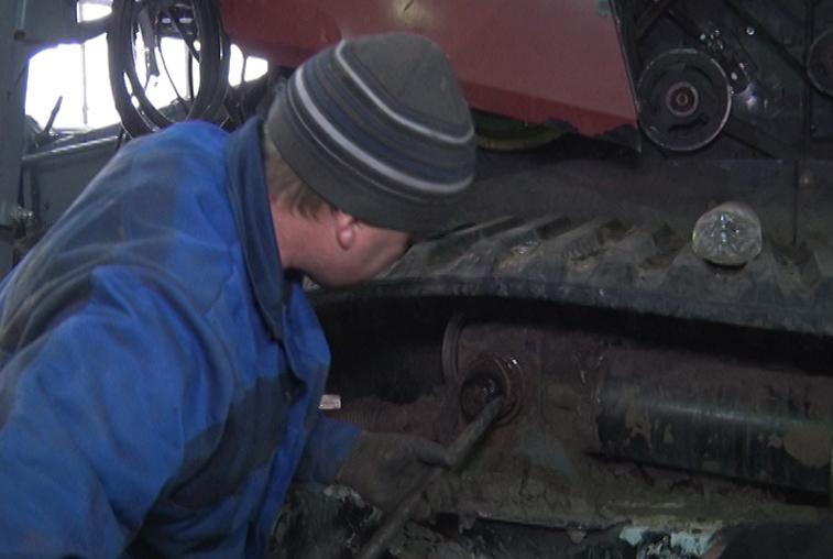 В хозяйствах Приамурья полным ходом идет ремонт сельхозтехники