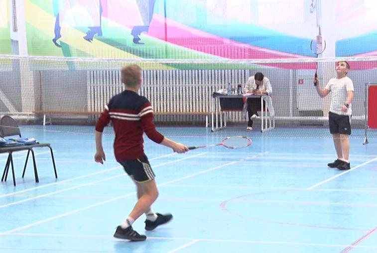 Турнир по бадминтону в Благовещенске собрал около 50 спортсменов