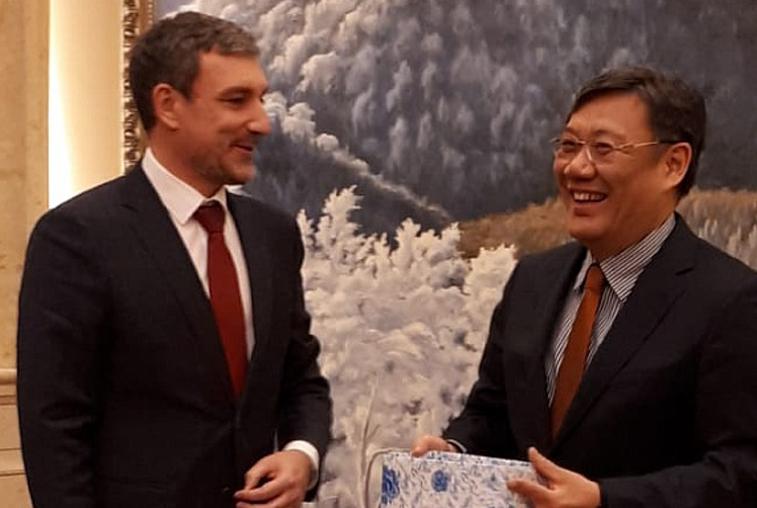 Совместные проекты обсудили глава Приамурья и губернатор провинции Хэйлунцзян