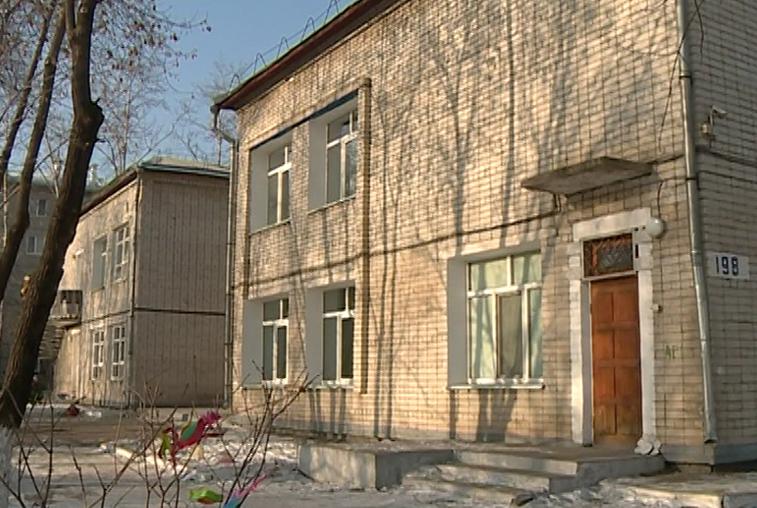 Из 23-х учреждений для сирот в Приамурье проверены восемь