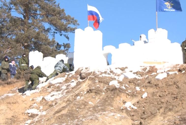 Военно-патриотическая смена «Призывники Амура» собрала около 200 человек