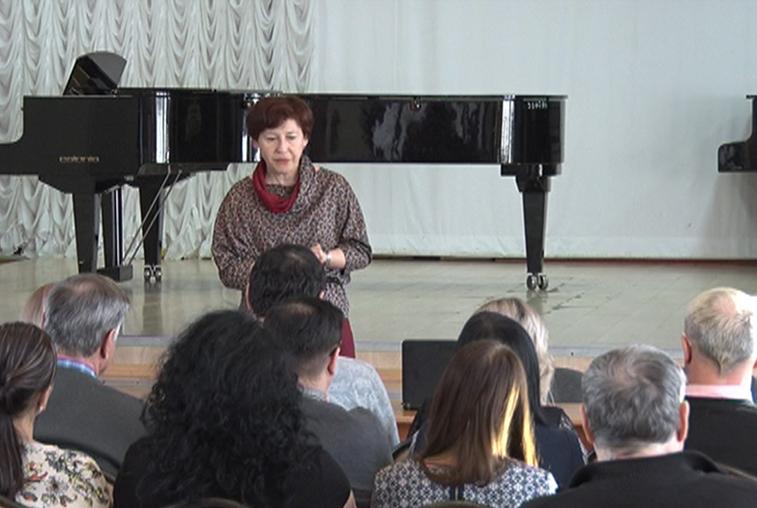 Благовещенские преподаватели вокала и музыки повышают мастерство на курсах переподготовки