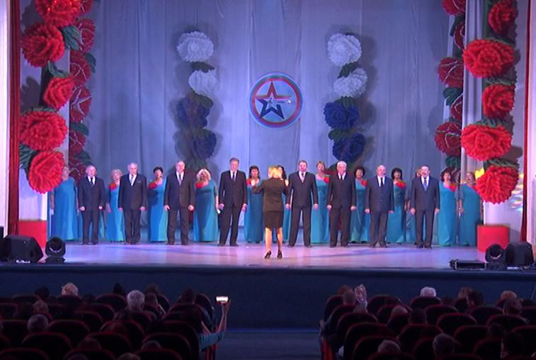 Хор ветеранов УМВД выступил на гала-концерте сотрудников силовых структур в Благовещенске