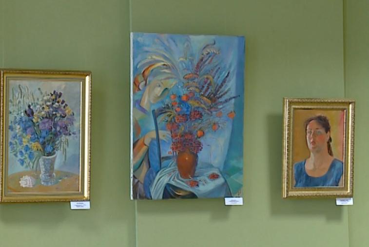 «Весеннее настроение» дарит художник Наталия Саяпина амурчанам