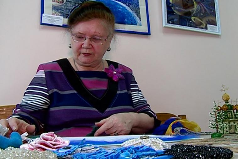Свободненские мастерицы готовят подарки к празднику своими руками