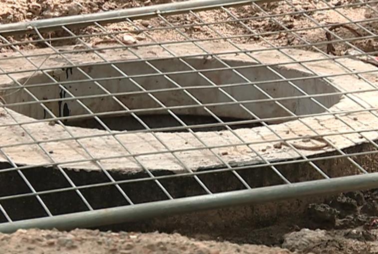 В Благовещенске возбуждено четыре уголовных дела о краже канализационных люков