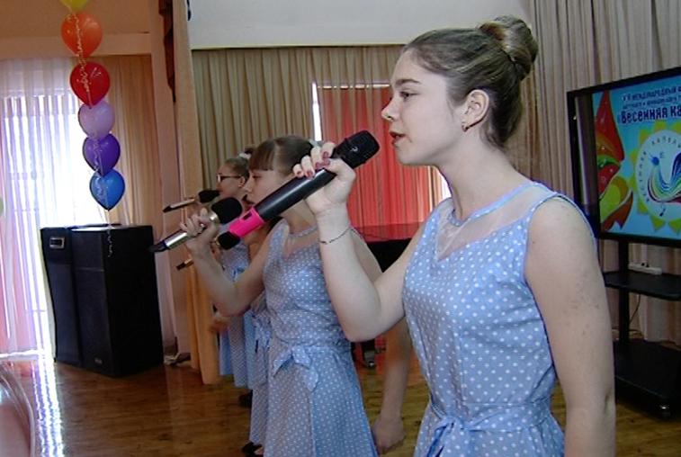 Лучших юных вокалистов области определили в Благовещенске