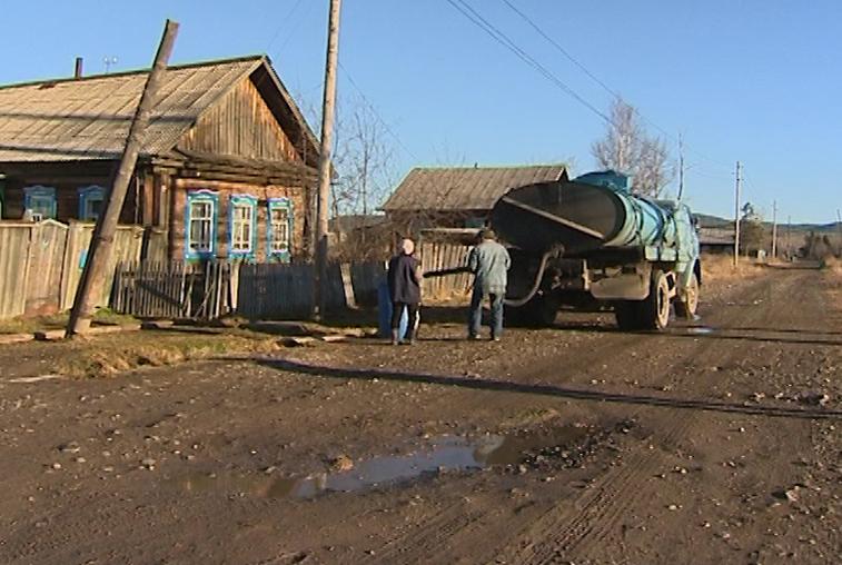 Новые машины закуплены для доставки воды жителям Сковородинского района