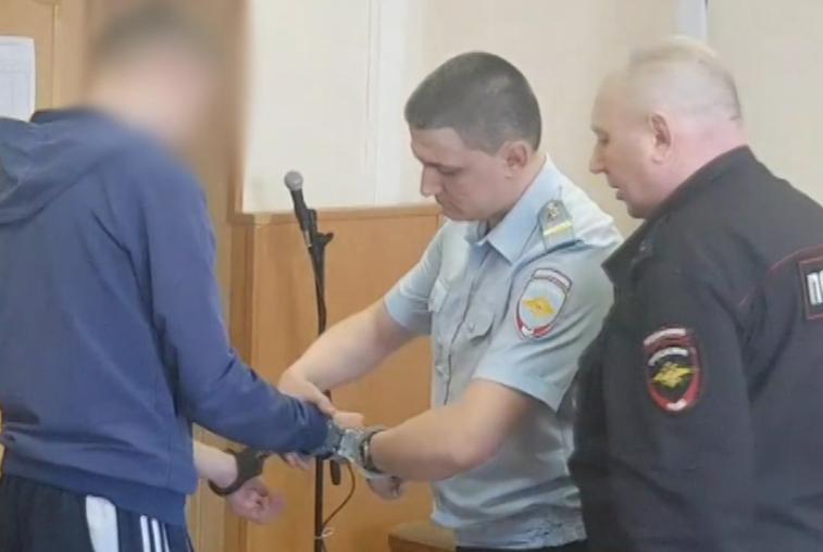 Благовещенец получил пять лет колонии за избиение инспектора ДПС