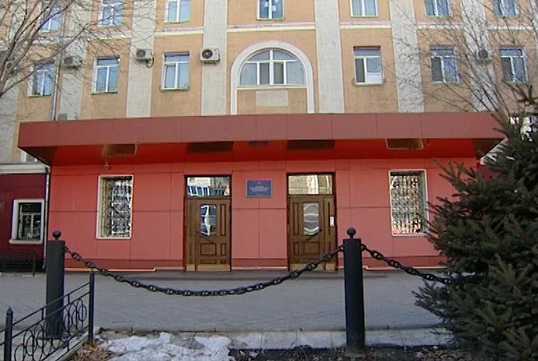 Житель Белогорска убил собутыльника и вывез тело на тележке в гаражный массив