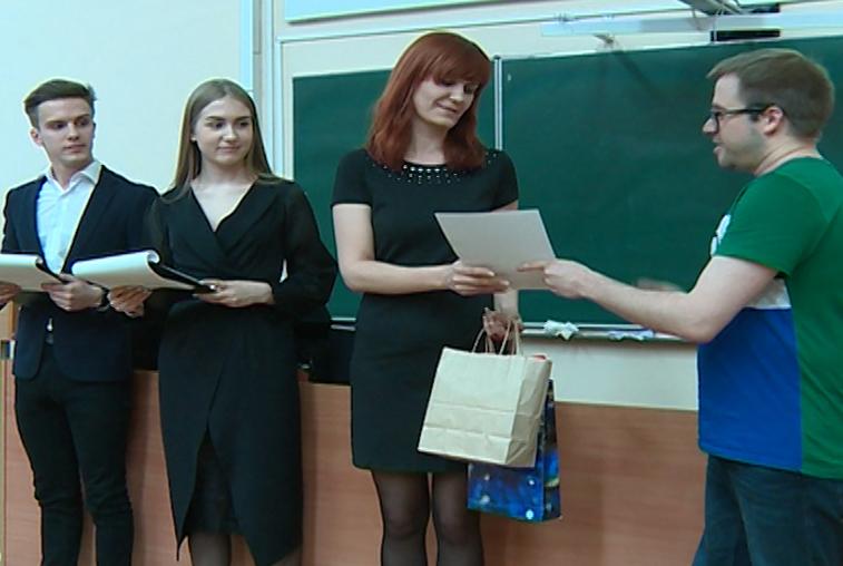 В Приамурье десять участников «Тотального диктанта» получили пятерки