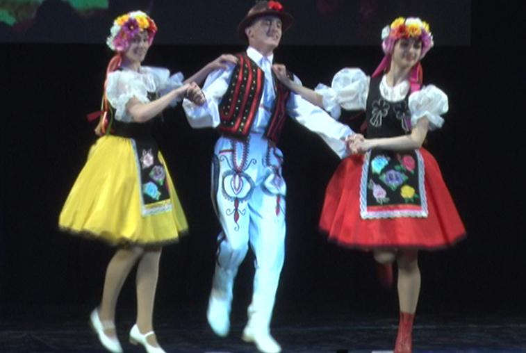 Благовещенск собрал более 40 амурских коллективов на конкурс «Область танца»