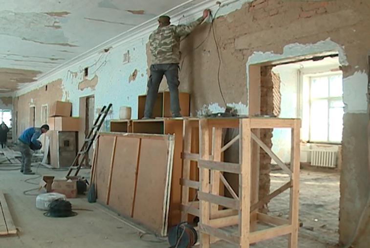 На ремонт школ Тындинского района потратят 19 миллионов рублей