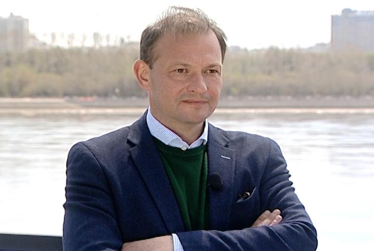 Известный журналист Сергей Брилёв работает над фильмом о российско-китайских отношениях