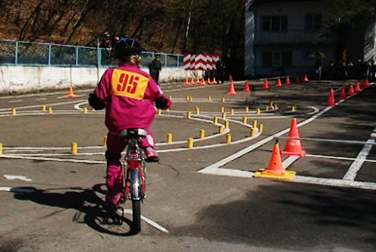 Региональный этап конкурса «Безопасное колесо» стартовал для юных амурчан