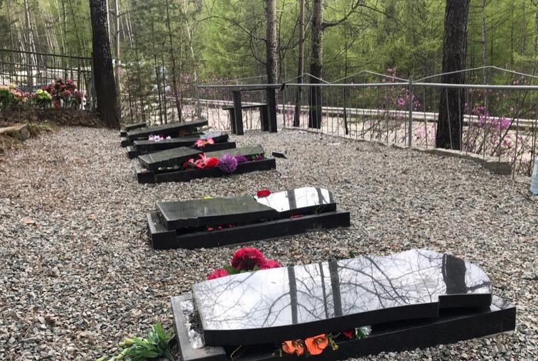 По факту осквернения могил на тындинском кладбище возбуждено уголовное дело