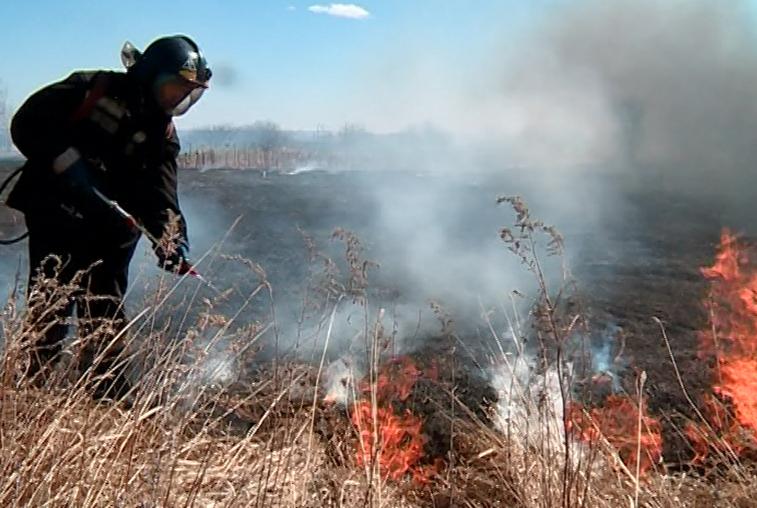 Особый противопожарный режим отменили в большей части Приамурья