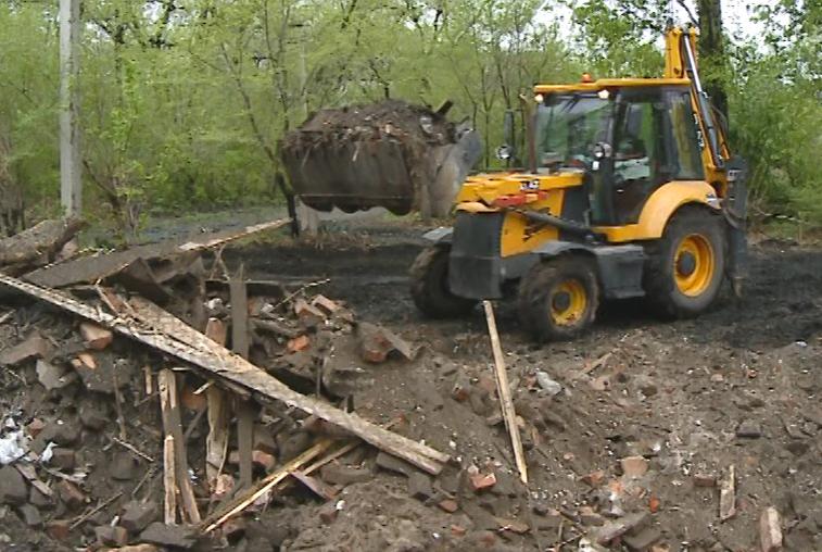 С улиц Белогорска за два последних года на полигон вывезено более 60 тысяч кубометров мусора