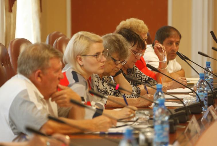 На заседании общественного совета обсудили аспекты привлечения социального такси