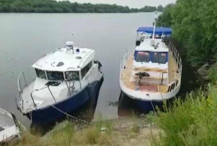 Водолазы нашли тело утонувшего подростка