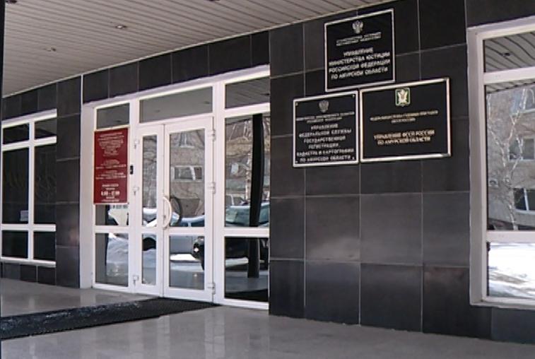 В золотодобывающей компании в Сковородинском районе работали нелегалы
