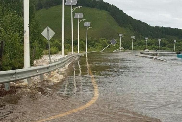 В области затоплено 34 участка дорог