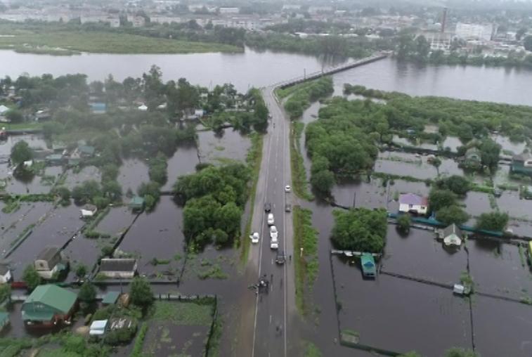 Часть Белогорска ушла под воду: уровень Томи превысил отметку 2013 года