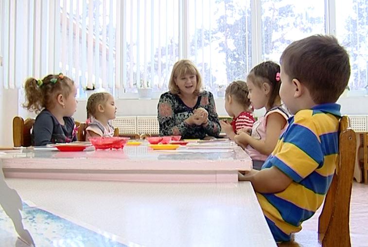 400 млн рублей запланировано в этом году на компенсации платы за посещение детсадов