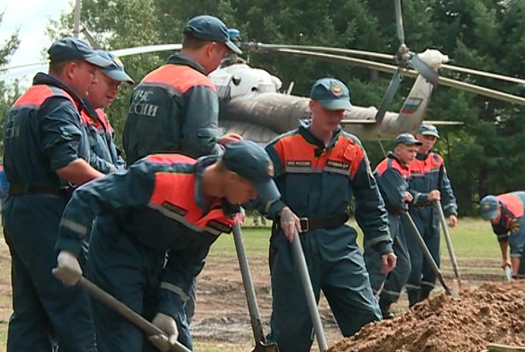 С новыми силами: к ликвидации последствий паводка приступила очередная группа специалистов