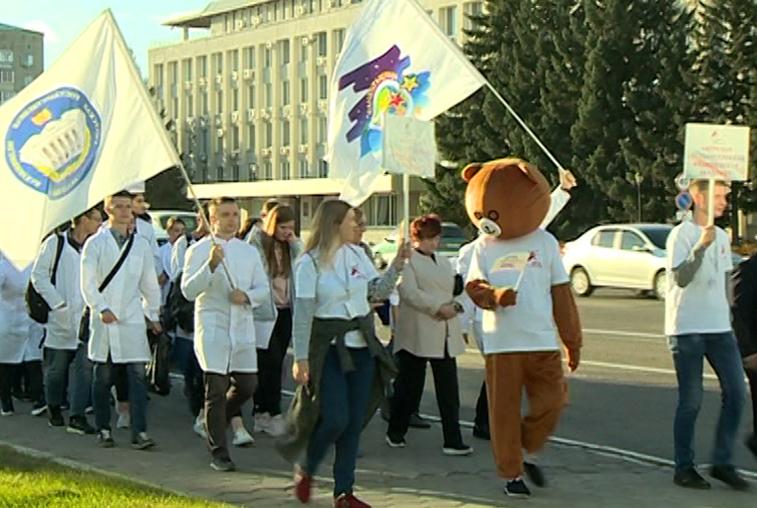 Минобрнауки области выделило молодым активистам больше миллиона рублей