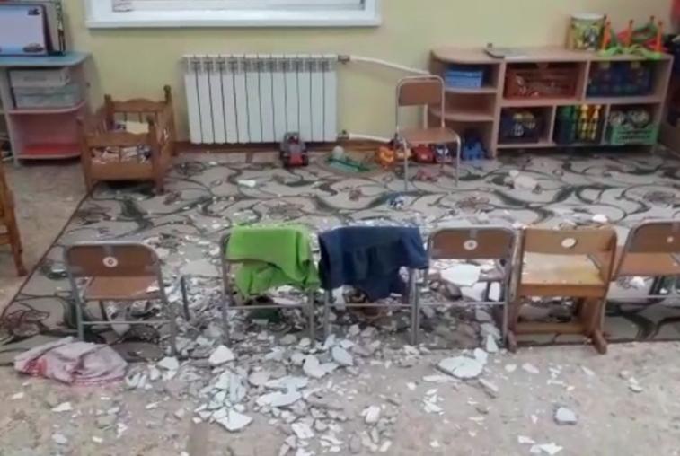 В одном из детских садов Благовещенска на малышей обвалилась штукатурка