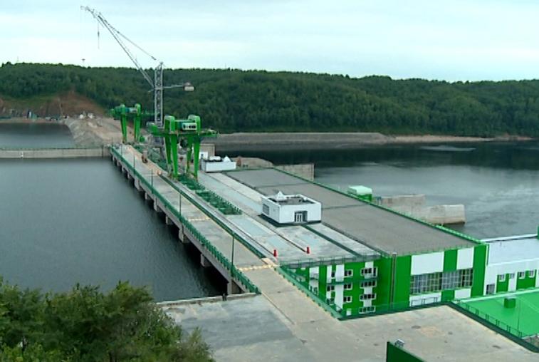 Нижне-Бурейскую ГЭС примут в эксплуатацию