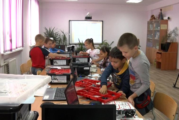 6 направлений на любой вкус: в благовещенском технопарке «Кванториум-28» начался новый учебный год