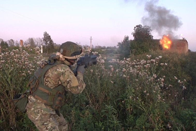 В Октябрьском районе прошли масштабные учения по поиску и ликвидации террористов
