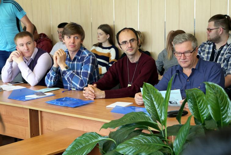 В АмГУ открылась XVII научная конференция «Физика: фундаментальные и прикладные исследования, образование»