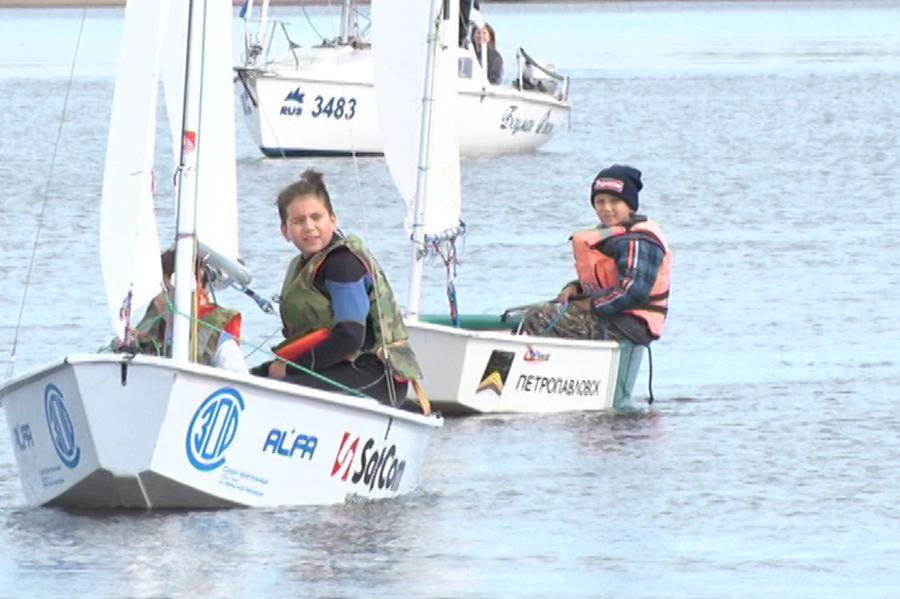 Благовещенские яхтсмены закрыли гоночный сезон
