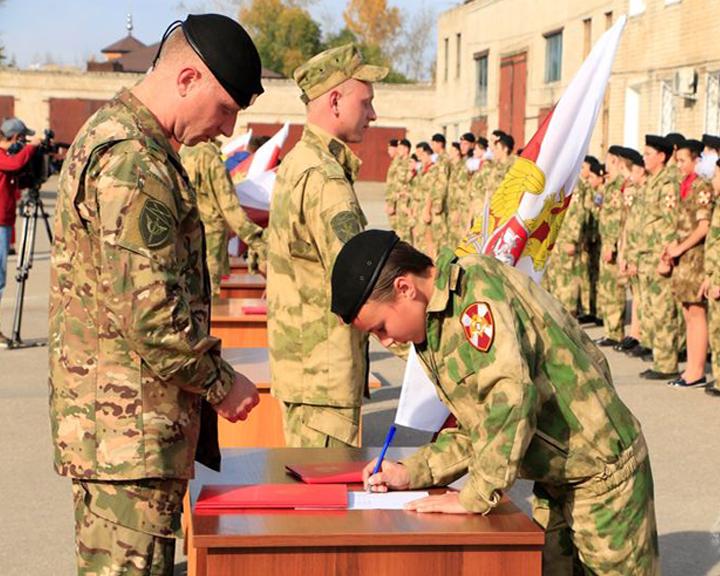 Благовещенские кадеты профильного класса Росгвардии приняли присягу