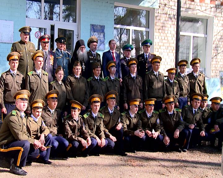 40 учащихся Амурского казачьего колледжа поклялись в верности Родине