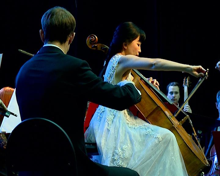 Нестареющая классика: Амурчане насладились игрой Дальневосточного академического симфонического оркестра