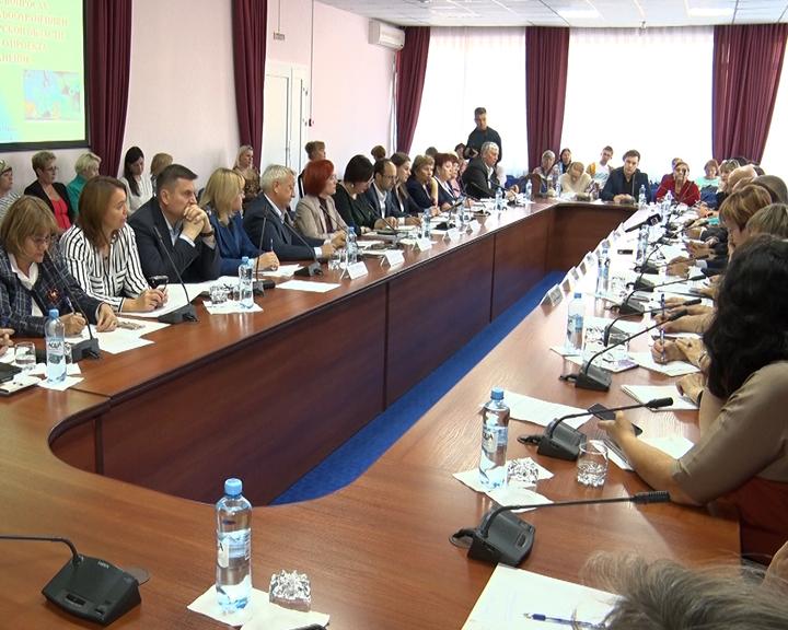 Амурские общественники и профильные ведомства обсудили актуальные вопросы здравоохранения