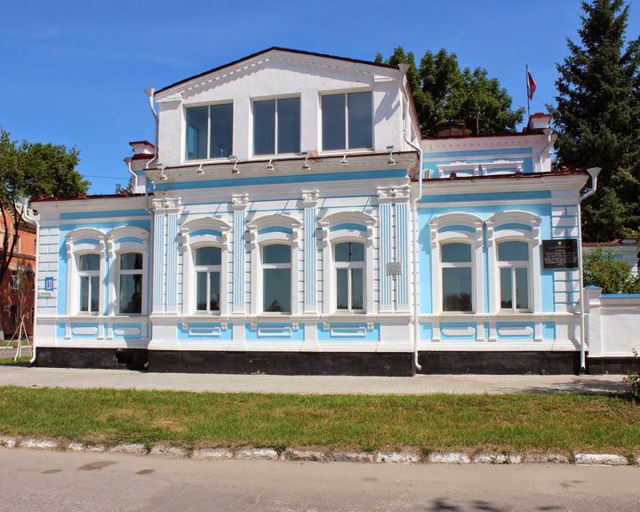 Резиденция Деда Мороза и не только: особняк И. Котельникова амурчане посетят уже в новогодние праздники